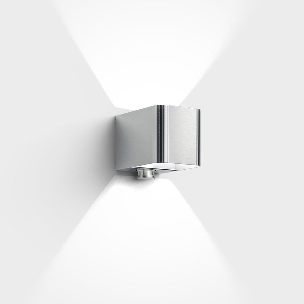 Intro Control Aussenleuchte Mit Integriertem Bewegungsmelder 1013